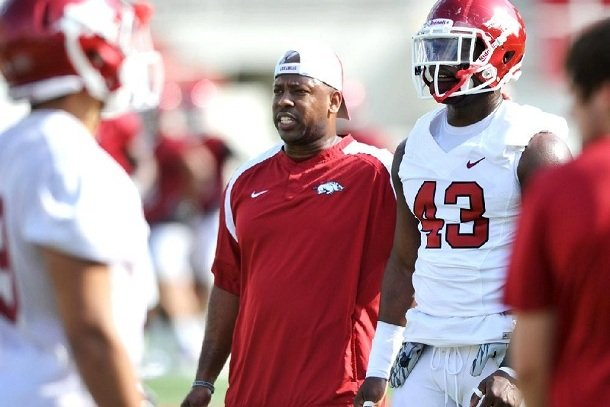 taver-johnson-was-retained-as-the-razorbacks-cornerbacks-coach-it-was-announced-wednesday