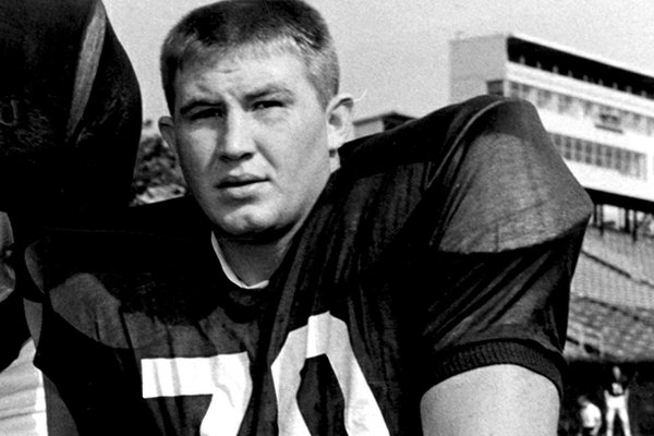 Loyd Phillips, who lettered at Arkansas in the 1960s, will receive the Outland Trophy on Thursday.