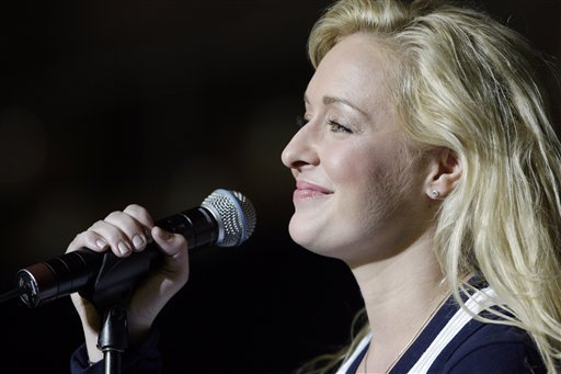 in-this-undated-file-photo-country-singer-mindy-mccready-performs-in-nashville-tenn-mccready-who-hit-the-top-of-the-country-charts-before-personal-problems-sidetracked-her-career-died-sunday-feb-17-2013-she-was-37