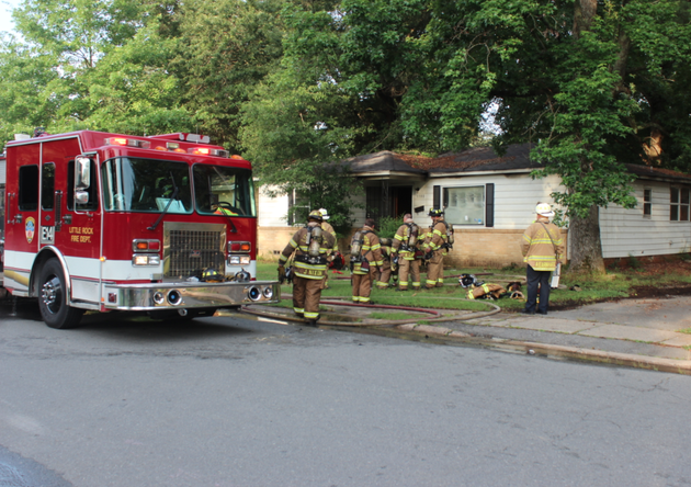 little-rock-fire-crews-work-at-a-fire-wednesday-morning-at-3300-wynne-st