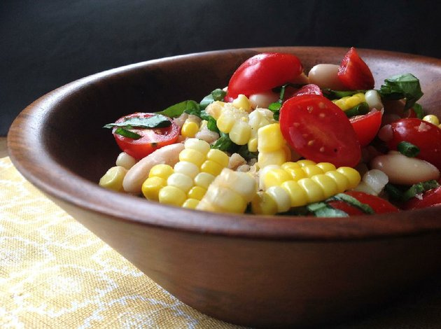 roasted-corn-and-barley-salad-with-tomato-vinaigrette