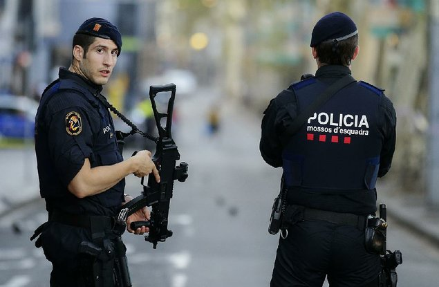 Van Hits Pedestrians in Barcelona; Perpetrators Reportedly Holed Up in a Bar