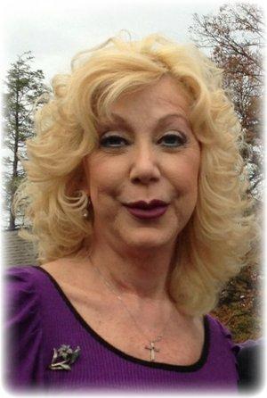 Judy Mayflower nackt