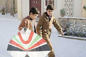 ahmad-khan-mahmoodzada-as-hassan-and-zekiria-ebrahimi-as-amir-star-in-marc-forsters-the-kite-runner