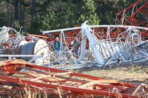 a-katv-channel-7-signal-tower-lies-crumbled-after-collapsing-friday-south-of-redfield