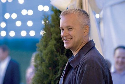 cheever-tim-robbins-faces-financial-obligations-after-returning-from-military-service-in-iraq-in-the-lucky-ones