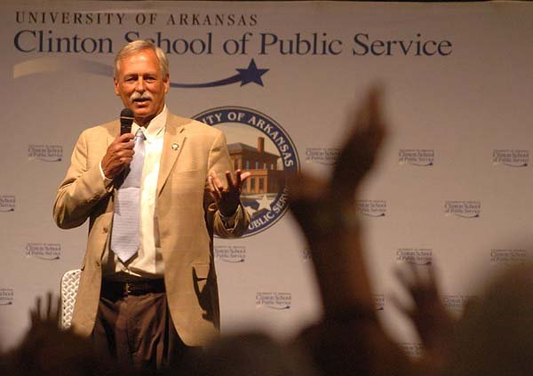 us-rep-vic-snyder-answers-questions-about-health-care-in-august-2009-at-a-university-of-arkansas-clinton-school-of-public-service-speaker-series-event-at-the-statehouse-convention-center-in-little-rock