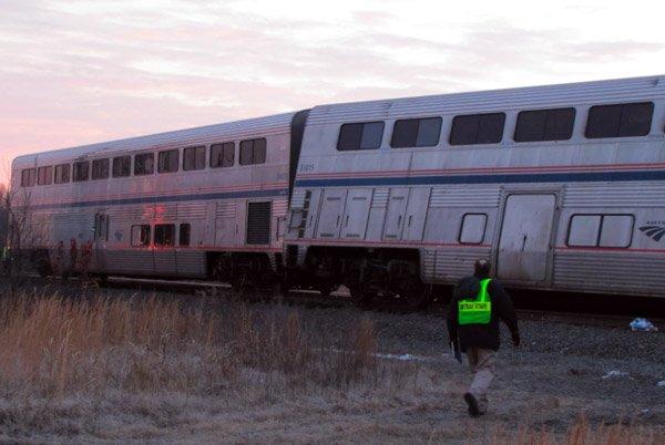 Amtrak Train Derails In Arkansas