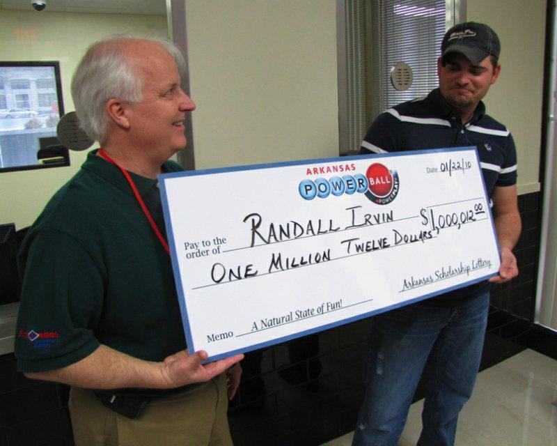 $1 million Powerball winner claims prize