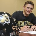 TIGER TURNS INTO LION - Bentonville's Sheldon Vanderpool signed a letter of intent to play football ...