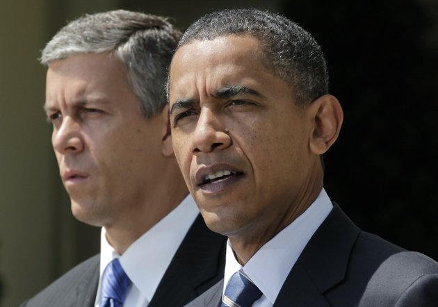 president-barack-obama-accompanied-by-education-secretary-education-arne-duncan-gives-his-support-to-out-of-work-teachers-while-speaking-in-the-rose-garden-of-the-white-house-in-washington-tuesday-aug-10-2010-to-urge-the-house-to-pass-legislation-that-could-help-keep-160000-educators-on-the-job