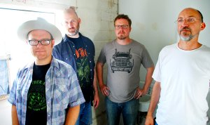 Arkansas alt country band Mulehead is reuniting for two shows at White Water Tavern this Friday and Saturday.