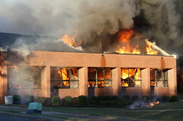 Fire burns cafeteria at Batesville's Lyon College | NWADG