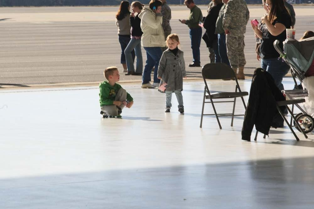 185th Aviation of the 77th Theater Aviation Brigade Depart