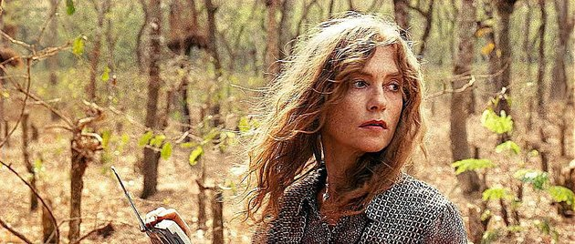 maria-isabelle-huppert-is-caught-between-government-forces-and-a-rebel-army-made-up-largely-of-child-soldiers-in-claire-denis-white-material