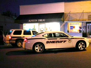 Gravette police and Benton County Sheriff's deputies, along with law enforcement from Decatur and Sulphur Springs, responded to an armed robbery at Austin Drug on Main Street in Gravette early Monday evening. No one was injured in the robbery.