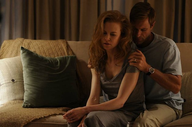 becca-nicole-kidman-and-howie-aaron-eckhart-struggle-to-regain-balance-in-their-marriage-after-a-tragedy-in-john-cameron-mitchells-rabbit-hole