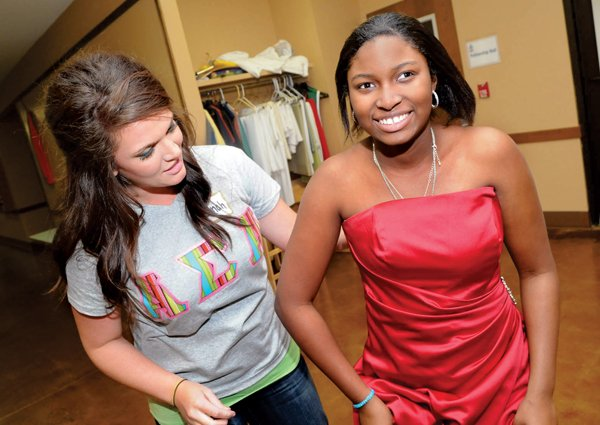 4b2e1b4c200 UCA sororities sell  5 prom dresses at event