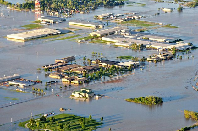 special-to-arkansas-democrat-gazettefrank-bigger-042911-aerial-look-at-flooding-in-pocahontas-april-29-2011