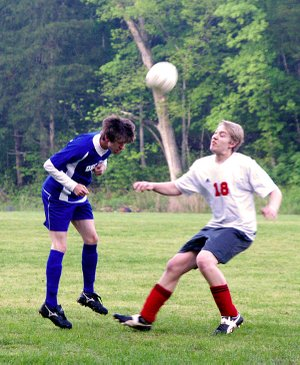 Mitchell Nelson used his head in the game against Eureka Springs on Thursday. Decatur beat Eureka 3-2 and qualified for the state tournament.