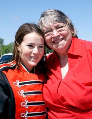 Lea Streun her host mom Karen Kerr
