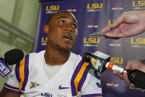 LSU quarterback Jordan Jefferson, along with three of his teammates, have agreed to meet with police to discuss their involvement in a bar fight that happenened last week.