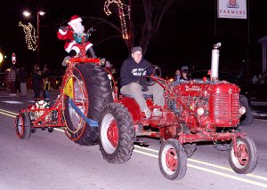 Best Lights went to Tired Iron of the Ozarks for the club's giant tricycle with Santa seated on top.