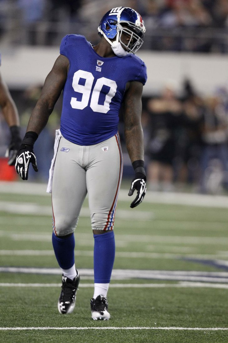 New York Giants defensive end Jason Pierre Paul 90 during an