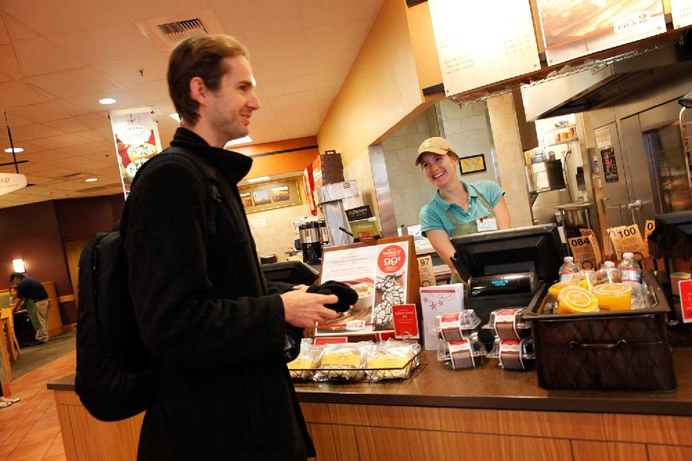 Customers' shift giving fast food run for its money | NWADG