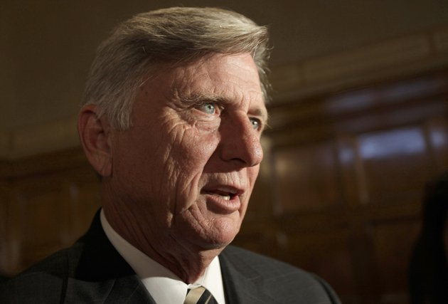 arkansas-gov-mike-beebe-danny-johnston-ap