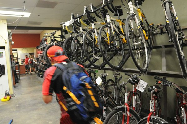 Students can rent mountain bikes and road bikes at the center. Bike repair is available or students can work on their own bikes using the center's tools.