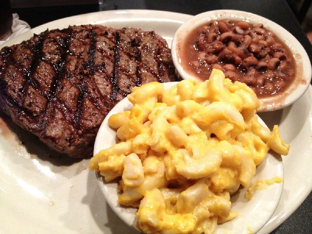 rib-eye-with-macaroni-and-cheese-and-purple-hull-peas-at-homers-west