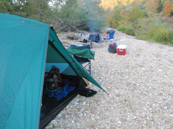 A Kings River gravel bar made an ideal campsite. Gravel bars were plentiful during a two-day Kings River float trip from Rockhouse Access to Kings River Outfitters.