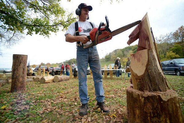 STAFF PHOTO MARC F. HENNING
