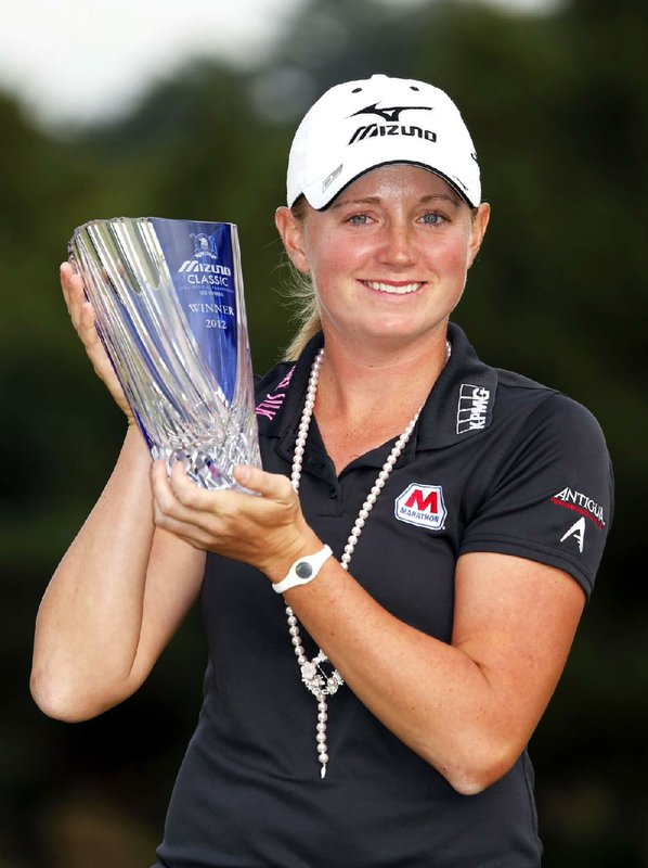 Stacy Lewis closed with a ...
