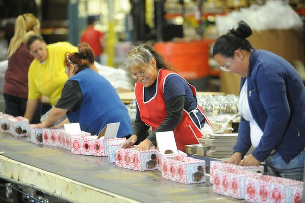 Workers at the Hanna's Candles ...