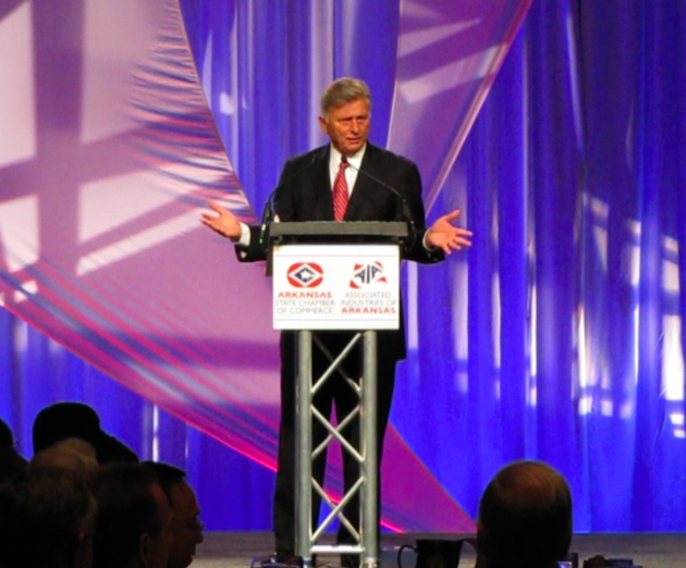 gov-mike-beebe-speaks-on-medicaid-wednesday-at-the-arkansas-chamber-of-commerces-annual-meeting