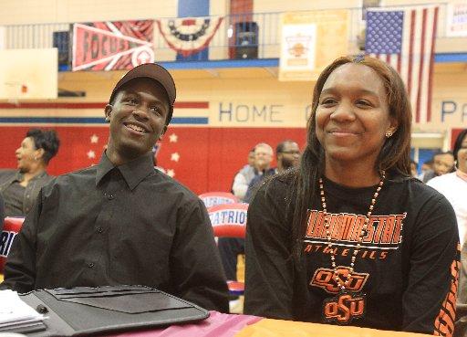I.J. Ready (left) and Roshunda Johnson Wednesday at ...