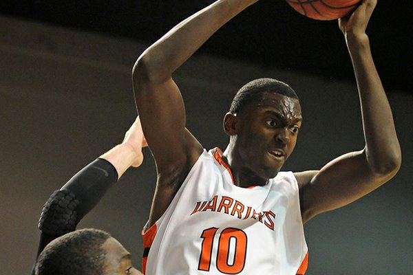 Little Rock Hall's Bobby Portis, rated one of the nation's top players, will sign with Arkansas on Friday.