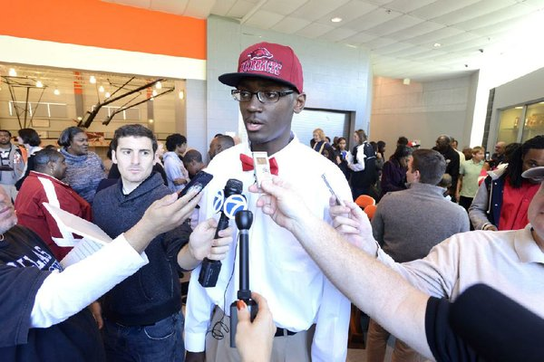 Arkansas Democrat-Gazette/KAREN E. SEGRAVE --11/16/12--  Bobby Portis signed a letter of intent to play basketball at Arkansas on Friday.  Hall High School signed three seniors on Friday to play college basketball.