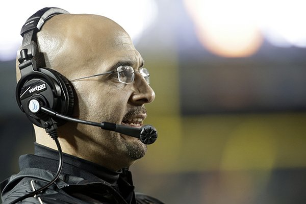 Vanderbilt head coach James Franklin watches in the fourth quarter of an NCAA college football game against Tennessee on Sunday, Nov. 18, 2012, in Nashville, Tenn. Vanderbilt won 41-18. (AP Photo/Mark Humphrey)