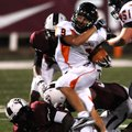 STAFF PHOTO SAMANTHA BAKER -- Phillip Archuleta of Batesville High School gets twisted up by Springd...