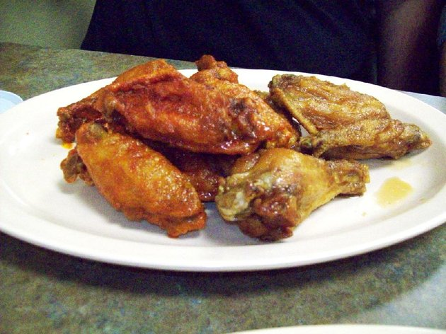 buffalo-hot-and-teriyaki-are-two-wing-flavors-at-all-american-wings-in-north-little-rock