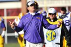 NWA Media/ANDY SHUPE Louisiana State coach Les Miles gestures to his coaches Friday, Nov. 23, 2012, during the second quarter of play against Arkansas at Razorback Stadium.