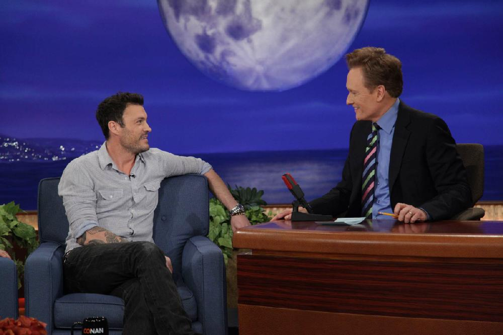 Conan o brien tormented by tonight show nwadg for Christmas movies on cable tv tonight