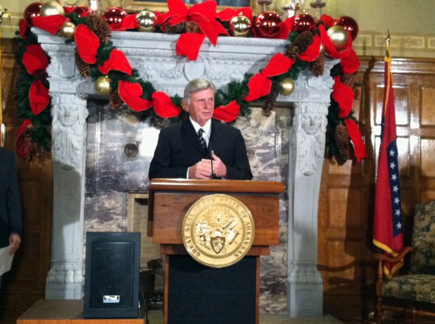 gov-mike-beebe-speaks-tuesday-at-the-state-capitol-in-little-rock-about-a-study-done-by-the-battelle-technology-partnership-practice-on-university-research-in-arkansas