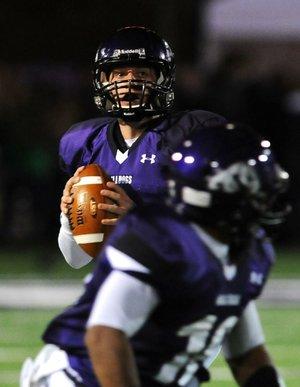 Fayetteville quarterback Austin Allen.