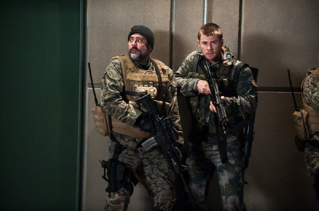 jeffrey-dean-morgan-left-and-chris-hemsworth-star-in-red-dawn-the-movie-which-opened-last-weekend-came-in-no-7-at-the-box-office-and-made-142-million