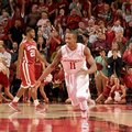 NWA Media/ANTHONY REYES -- Arkansas sophomore guard BJ Young charges upcourt after scoring the go-ah...