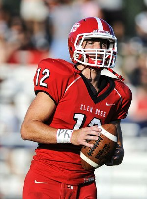 Glen Rose quarterback Colin Hunter during warm-ups before playing against Malvern.